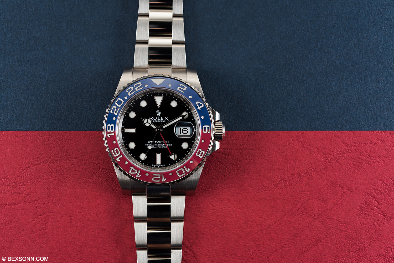 IN DEPTH: Hands-On The 18K White Gold Rolex GMT-Master II ...
